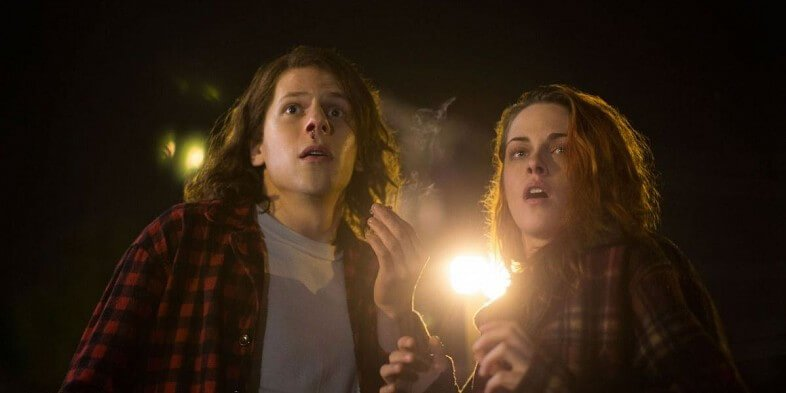 Kristen-Stewart-and-Jesse-Eisenberg-in-American-Ultra