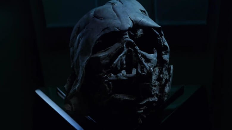 kylo-has-darth-vaders-head