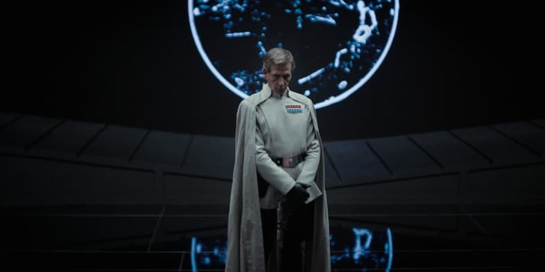 ben-mendelsohn-as-orson-krennic-in-rogue-one-a-star-wars-story-2
